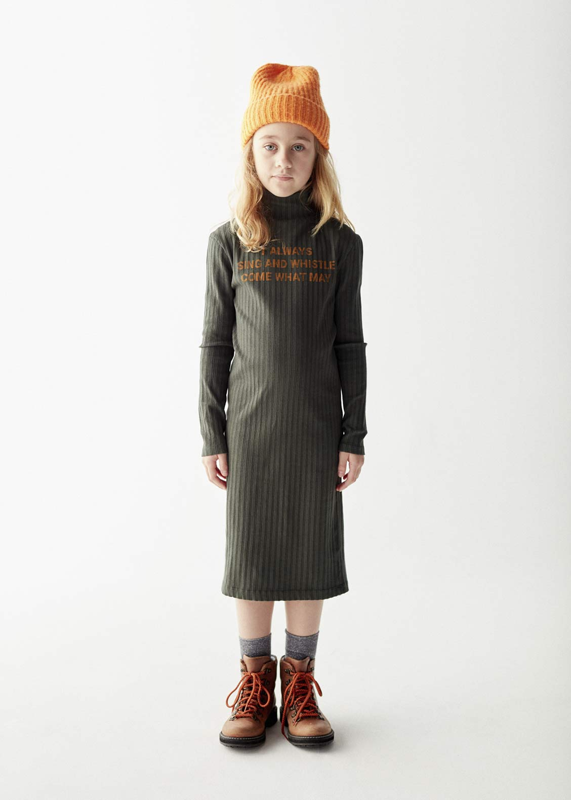 Sing-and-whistle-dress-kid